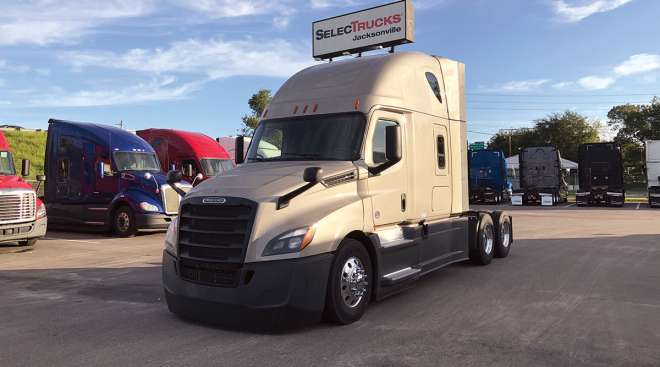 Freightliner on the sales lot at SelecTrucks
