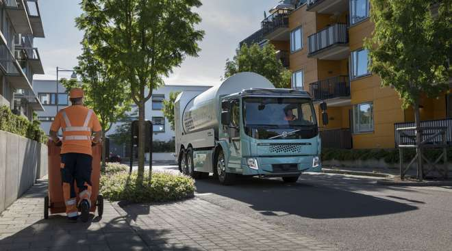 Volvo's FE electric garbage truck.