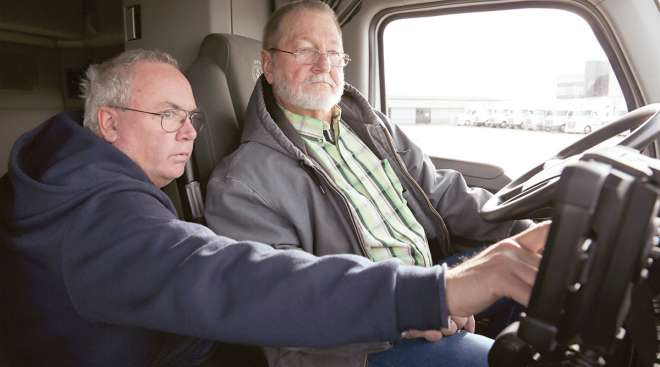 CFI's Bill Miller helps a driver find fuel economy