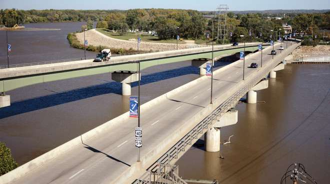 US 40 and 59 bridges over the Kansas River