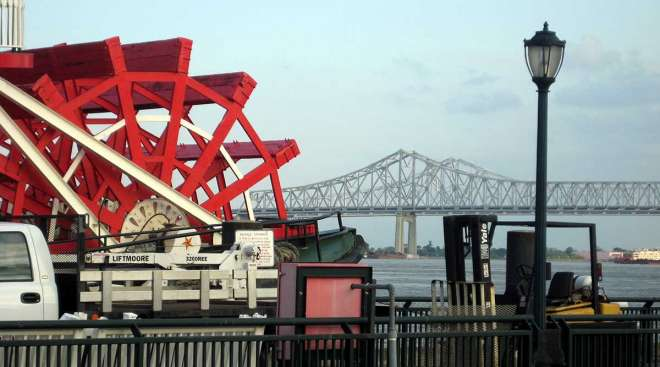 Louisiana paddle boat bridge New Orleans