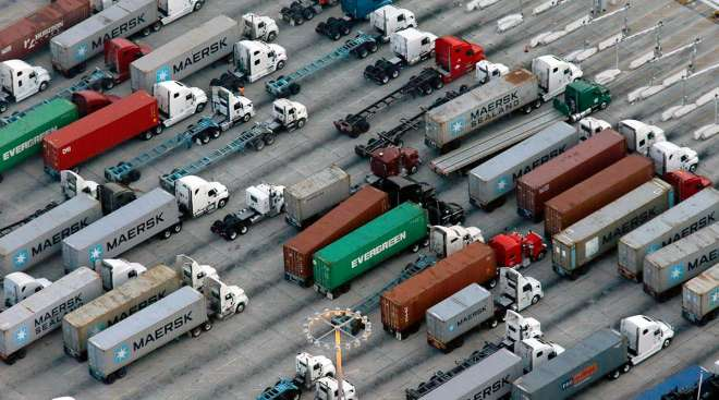 Port of L.A. trucks