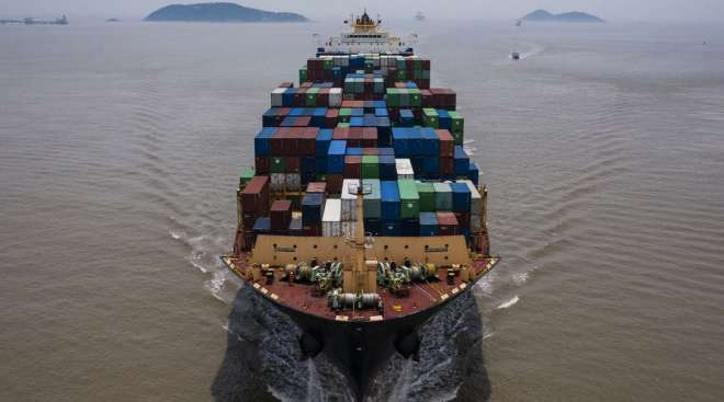 Since the start of the pandemic, some countries have halted or limited seafarer changes to prevent the spread of COVID-19. (Qilai Shen/Bloomberg News)