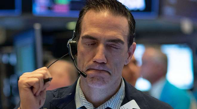 stock trader reacts