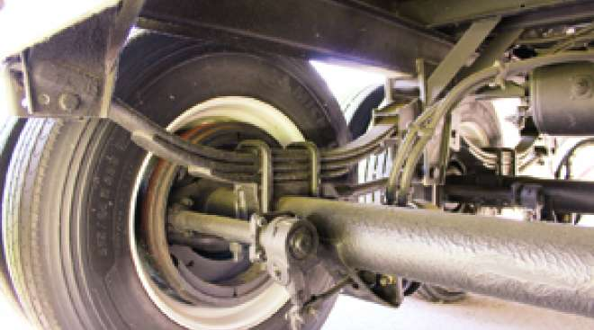 Leaf Spring Vs  Air Ride  Opinions Differ On Suspensions