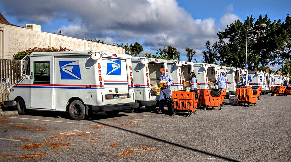 Package Wars: Postal Service Offers Next-Day Sunday Delivery ...